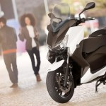 2013-Yamaha-X-MAX-400-EU-Absolute-White-Static-001