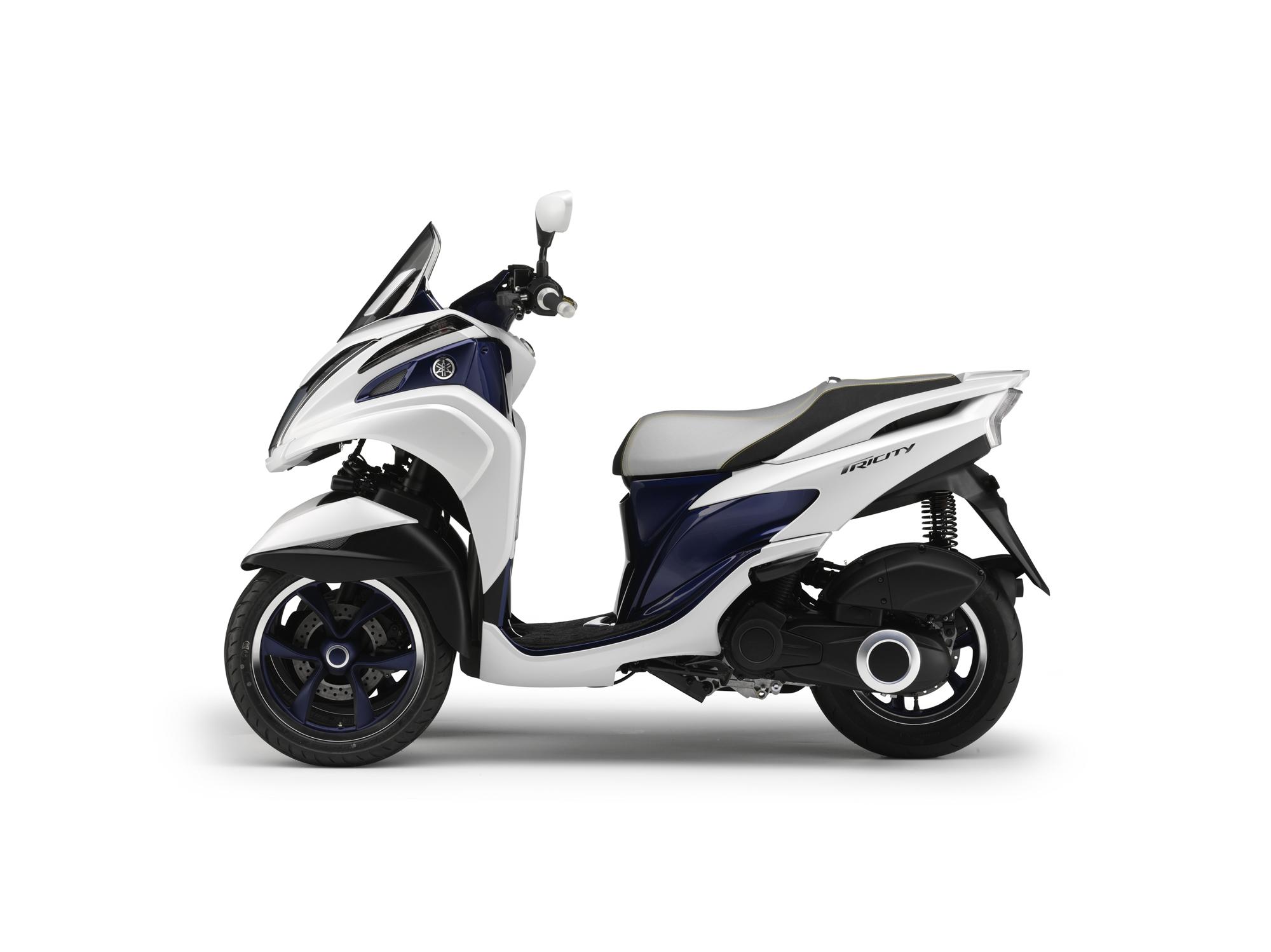 tricity le nouveau concept 3 roues de yamaha au salon auto moto de bruxelles sudmoto. Black Bedroom Furniture Sets. Home Design Ideas